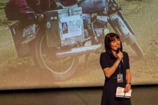 Patricia Combret, toujours souriante, assurera aussi les présentations des invités