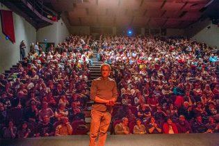 Jamel Balhi devant son public