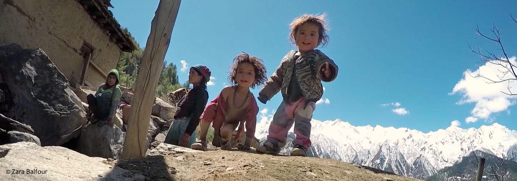 Les enfants du pays des neiges - Zara Balfour-Marcus Stephenson